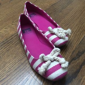 Striped flats with rope bow